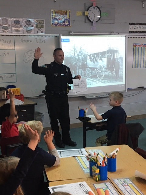 Operation Safe Stop! Officer Zuby from Taylor Police Department speaks to students about bus stop safety! Thank you Officer Zuby and Chief Derenick!
